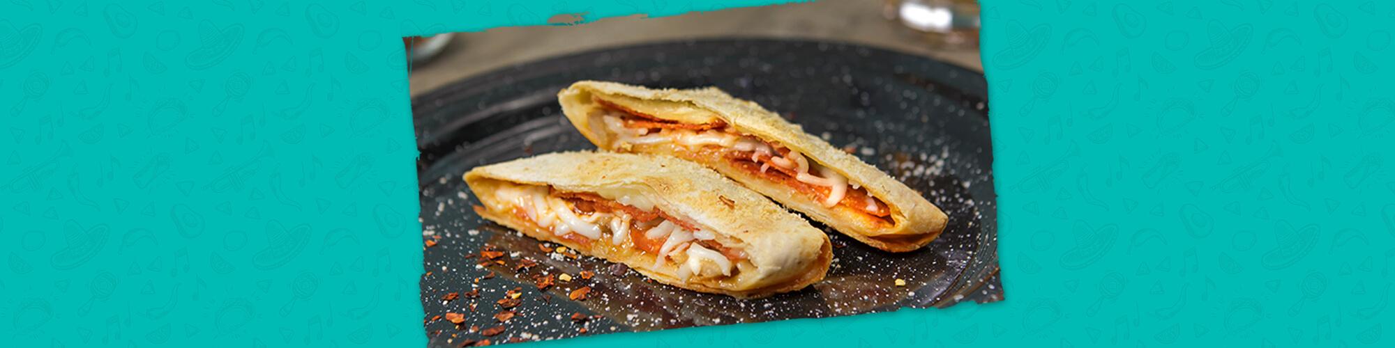 Salsas foldables pocket pepperoni pizza