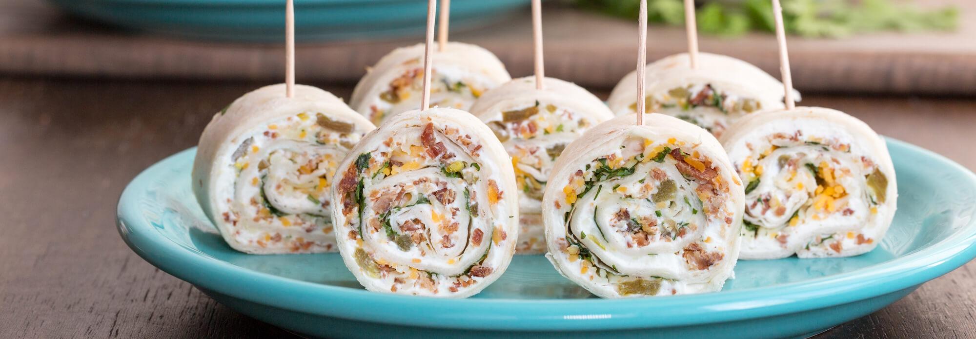 Salsas bacon cheese pinwheels