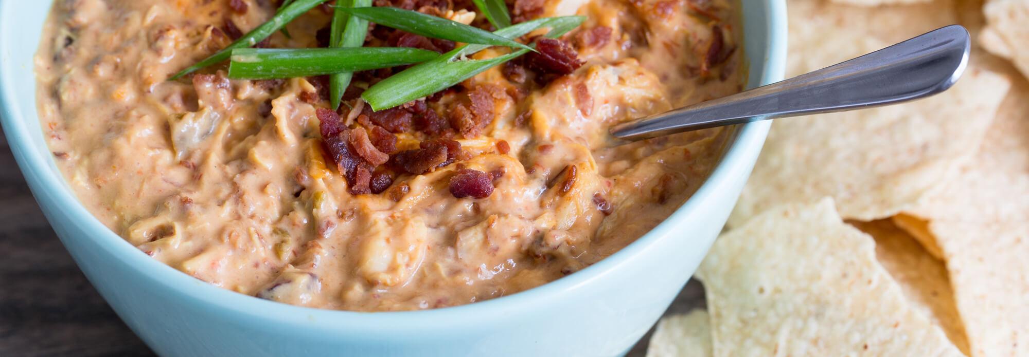 Salsas cheesy chicken and bacon dip